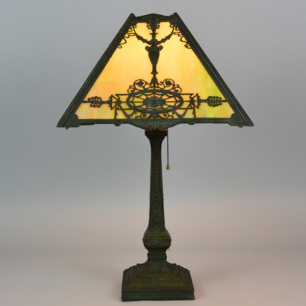 wilkinson circa 1870 panel lamp 15in shade